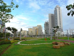 Parks Outdoor Running And Fitness In Manila The Fort